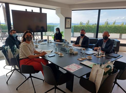 La consellera Mireia Mollà visita las instalaciones de Idai Nature